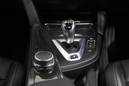 BMW M3 with Huge Spec - Carbon Interior, Harman Kardon, Reversing Camera 25