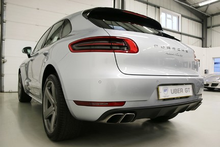 Porsche Macan Turbo PDK with High Spec and Rare Colour Combination 3