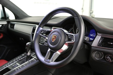 Porsche Macan Turbo PDK with High Spec and Rare Colour Combination 8