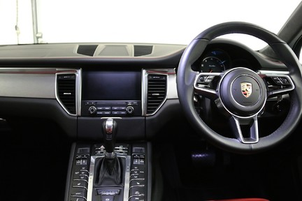 Porsche Macan Turbo PDK with High Spec and Rare Colour Combination 26