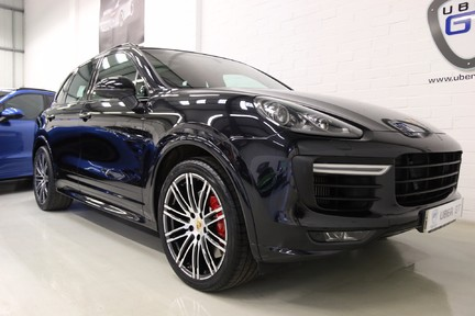 """Porsche Cayenne V6 GTS with 21"""" Turbo Alloys, Pan Roof and Much More 2"""