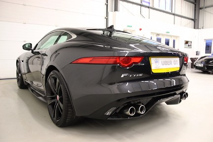 Jaguar F-Type R AWD with a Great Spec and Just Serviced by Jaguar 3