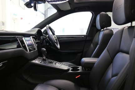 Porsche Macan GTS PDK with Panoramic Roof, BOSE, PDLS+ 12