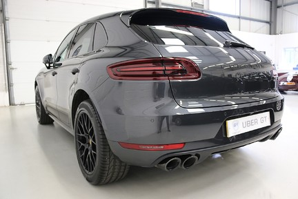 Porsche Macan GTS PDK with Panoramic Roof, BOSE, PDLS+ 3