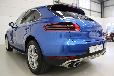 Porsche Macan D S PDK with Air Suspension and Burmester 3