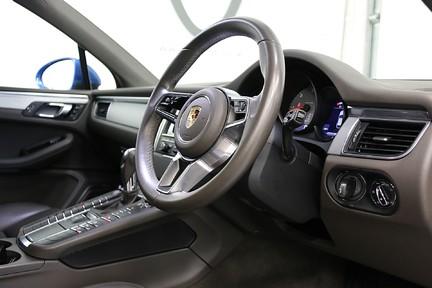 Porsche Macan D S PDK with Air Suspension and Burmester 6