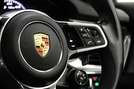 Porsche Panamera Turbo Sport Turismo with over £13,000 of Options 29