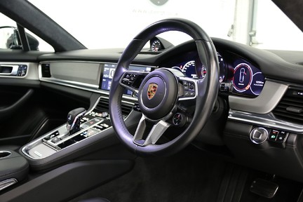 Porsche Panamera Turbo Sport Turismo with over £13,000 of Options 6