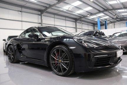 Porsche 718 Cayman S PDK with a Huge Specification 2