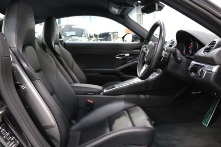 Porsche 718 Cayman S PDK with a Huge Specification 21