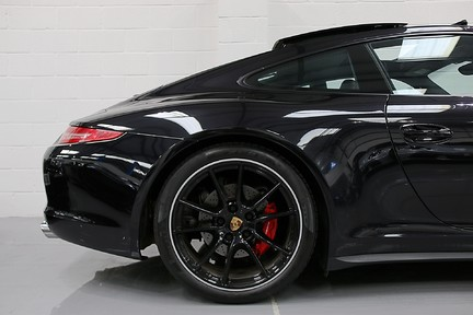 Porsche 911 Carrera 4S PDK with an Ultimate Specification 10