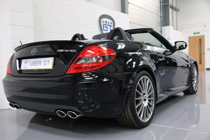 Mercedes-Benz SLK 55 AMG in Wonderful Condition with A Great Service History 5