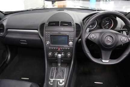 Mercedes-Benz SLK 55 AMG in Wonderful Condition with A Great Service History 19