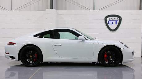 Porsche 911 Carrera S PDK with an Ultimate Specification Video