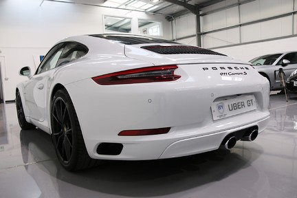 Porsche 911 Carrera S PDK with an Ultimate Specification 3