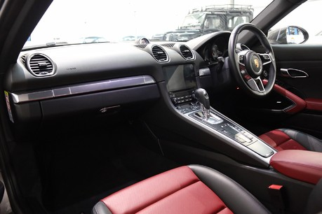 Porsche 718 Cayman S PDK with 20 Inch Alloys, Sports Exhaust and More Specification
