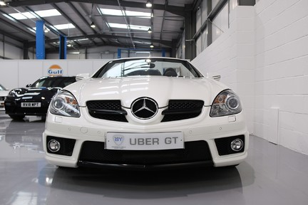 Mercedes-Benz SLK 55 AMG with a Great History and Specification 9