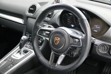 Porsche 718 Cayman PDK only 4500 miles 6