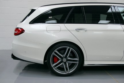 Mercedes-Benz E Class AMG E 63 S 4MATIC 9