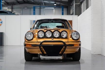 Porsche 911 Targa Safari Goldfinger 8