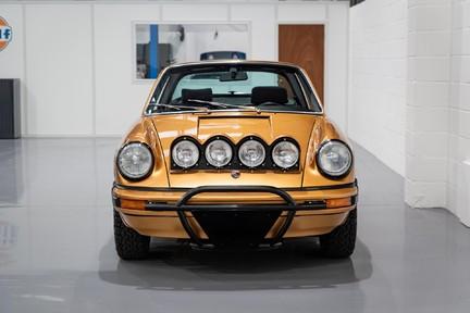 Porsche 911 Targa Safari Goldfinger 16