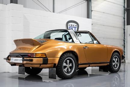 Porsche 911 Targa Safari Goldfinger 13