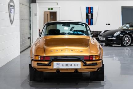 Porsche 911 Targa Safari Goldfinger 25