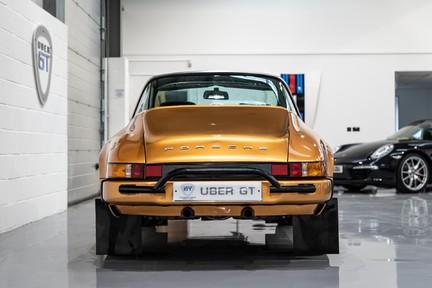 Porsche 911 Targa Safari Goldfinger 11