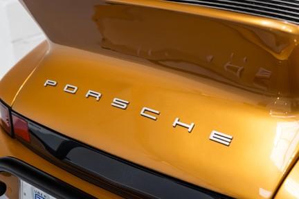 Porsche 911 Targa Safari Goldfinger 26