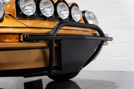 Porsche 911 Targa Safari Goldfinger 30