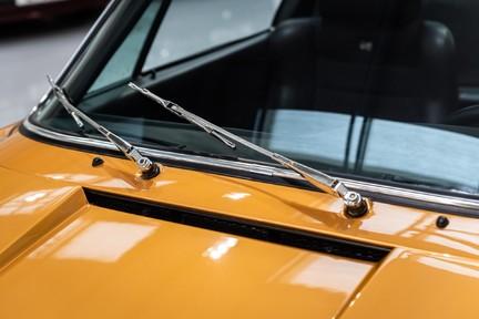 Porsche 911 Targa Safari Goldfinger 31
