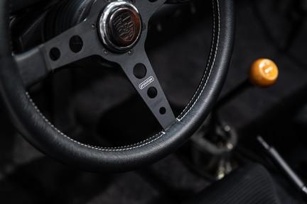 Porsche 911 Targa Safari Goldfinger 15