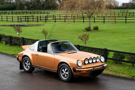 Porsche 911 Targa Safari Goldfinger 3