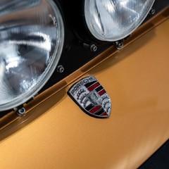 Porsche 911 Targa Safari Goldfinger 2