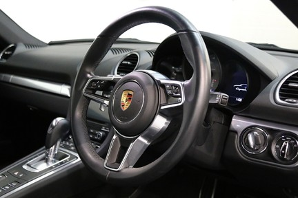 Porsche 718 Cayman S PDK - 1 Owner with a Lovely Specification 7