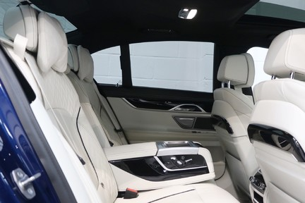 BMW 7 Series 740d xDrive M Sport with the Ultimate Specification 19