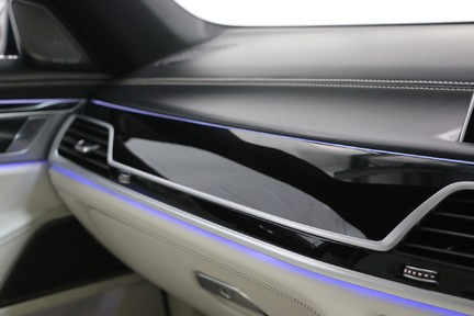 BMW 7 Series 740d xDrive M Sport with the Ultimate Specification 22