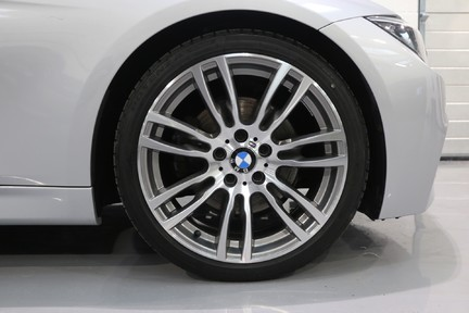 BMW 3 Series 330d M Sport with a Great Specification 12