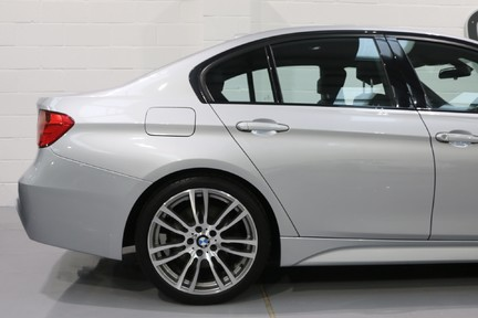 BMW 3 Series 330d M Sport with a Great Specification 18