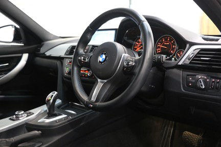 BMW 3 Series 330d M Sport with a Great Specification 7