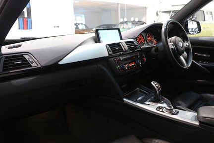 BMW 3 Series 330d M Sport with a Great Specification 5