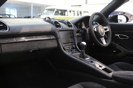 Porsche 718 Boxster GTS 4.0 - Stunning Ultra Low Mileage 5