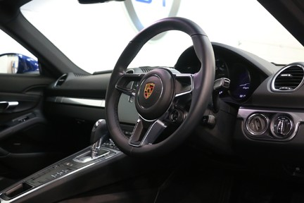Porsche 718 Cayman PDK - 1 Owner with a Fantastic Specification 7