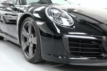 Porsche 911 Carrera T Manual - Amazing Drivers Car 15