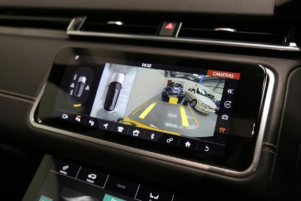 Land Rover Range Rover Velar R-Dynamic HSE with a Huge Specification 27