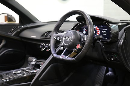 Audi R8 Spyder V10 Quattro with the Ultimate Specification 7