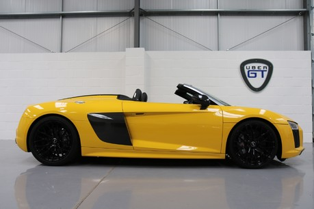 Audi R8 Spyder V10 Quattro with the Ultimate Specification