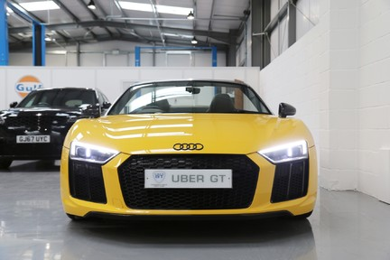 Audi R8 Spyder V10 Quattro with the Ultimate Specification 10