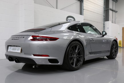 Porsche 911 Carrera T PDK Coupe with 918 Carbon Bucket Seats 6