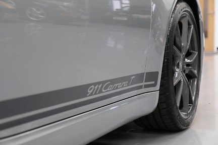 Porsche 911 Carrera T PDK Coupe with 918 Carbon Bucket Seats 16